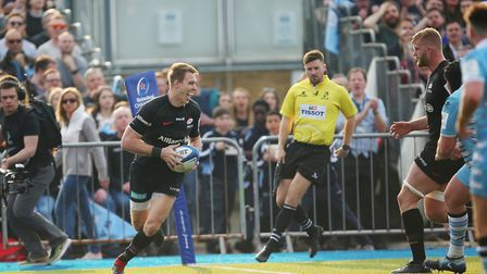 Liam Williams of Saracens scores again for Saracens in the Heineken Champions Cup game between Sarac