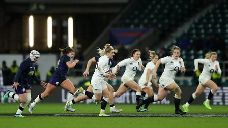 Sarah McKenna of England breaks away during the Women's Six Nations match against Scotland (pic RFU