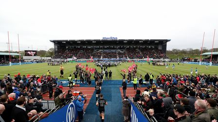 Saracens walk out into the pitch prior to the Gallagher Premiership match with Newcastle Falcons at