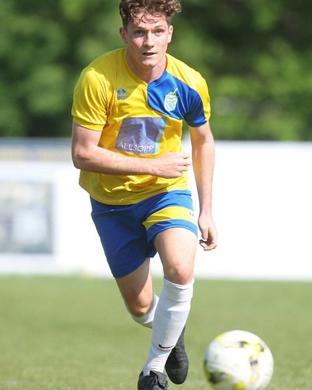 Harpenden Town V London Colney - Jake Collins in action for Harpenden Town.Picture: Karyn Haddon