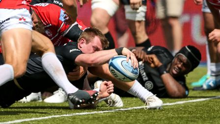 Saracen's Nick Tompkins scores their sixth try during the Gallagher Premiership, Semi-final match at