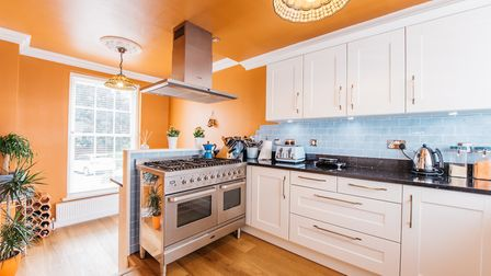 The recently re-fitted kitchen has a range of wall and base level units with quartz worktops. Pictur