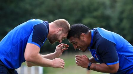 England's George Kruis (left) and Mako Vunipola during a training session at Pennyhill Park, Surrey.