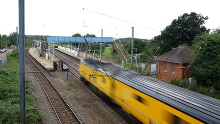 Brookmans Park railway station provides train links to Hatfield, Potters Bar, and London King's Cros