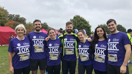 Herts 10K 2019 - Jo Milligan and son Ross and daughters Justine, Cara and their partners.