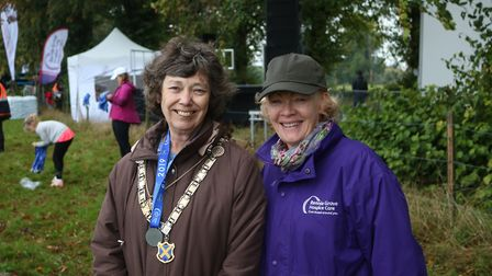 Herts 10K 2019 - St Albans Mayor Cllr Janet Smith and Rennie Grove director of fundraising Tracey Ha