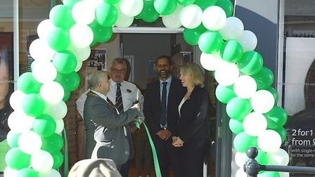 Royston town mayor, councillor Robert Inwood, officially opened the new Specsavers store in Royston.