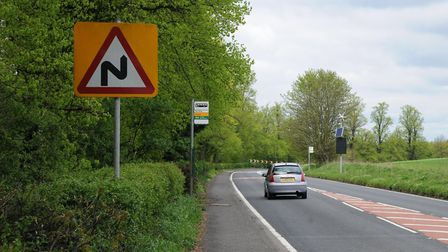 A5183 Redbourn Road. New speed limit at the Pre bend.