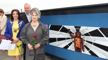 Mayor of St Albans Cllr Annie Brewster, Managing Director of First Capital Connect David Statham and