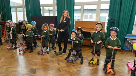 Pupils at Oakwood Primary School in St Albans with Jemma Tarabin from Taylor Wimpey. Picture: RKH