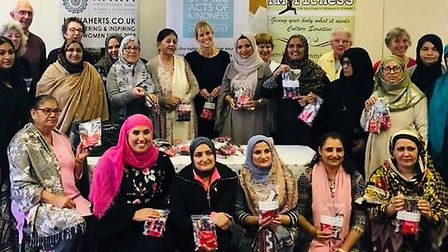 The Saheli Tiffin Club in St Albans packed hot drinks to help the elderly and vulnerable this winter