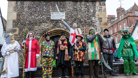 St Albans Mummers to Perform St George and the Dragon this Boxing Day