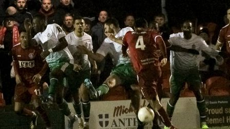St Albans City defend in numbers to keep Hemel Hempstead Town out. Picture: JIM STANDEN