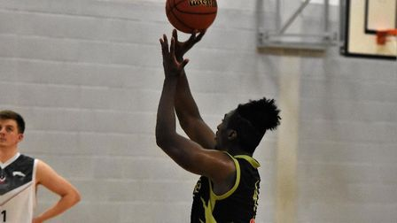 Jerelle Okoro in action for Essex & Herts Leopards against Loughborough Riders. Picture: NATHAN CRAC