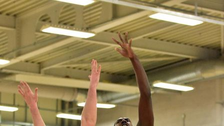 Orlan Jackman in action for Leopards against Derby Trailblazers. Picture: PAUL PHILLIPS