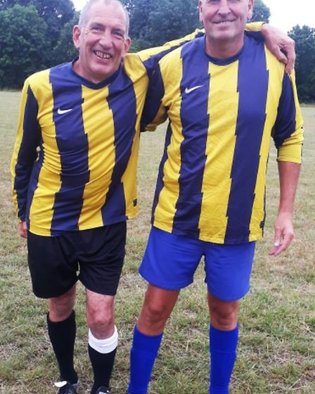 Daryl 'Denz' Parker and Ed Donoghue of Oaks. Picture: BRIAN HUBBALL