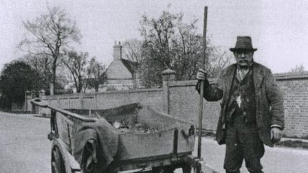 Alfred Rowlett with cart in St Neots. Picture: MUSEUM