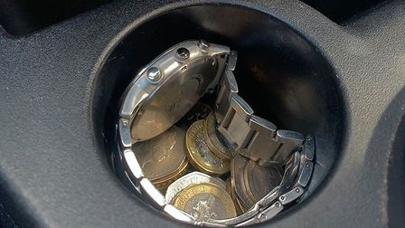 A spate of thefts from cars in Huntingdon have seen loose change, bank cards and jewellery stolen. P