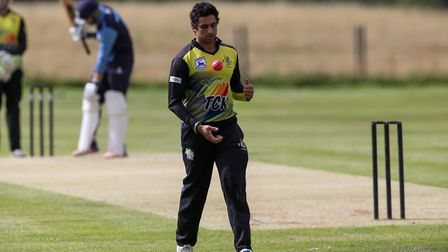 Khabir Toor prepares to bowl in the league match between North Mymms 1st XI and Radlett 1st XI at No