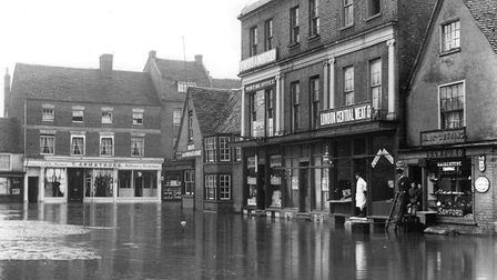 St Neots town centre in the floods of 1908.
