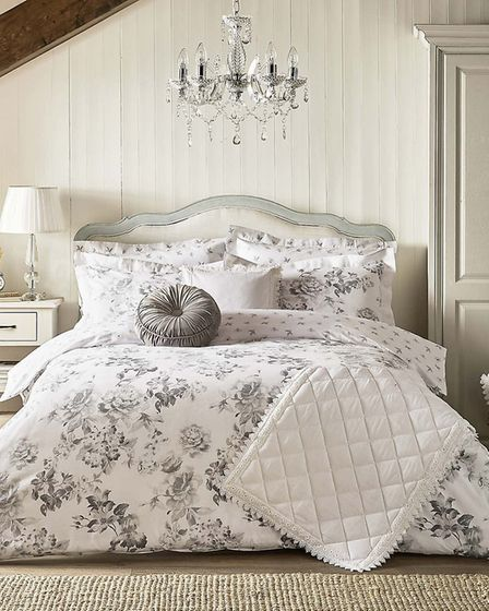 The Holly Willoughby collection for Dunelm, Tamsin Grey 100 per cent Cotton Reversible Duvet Cover a