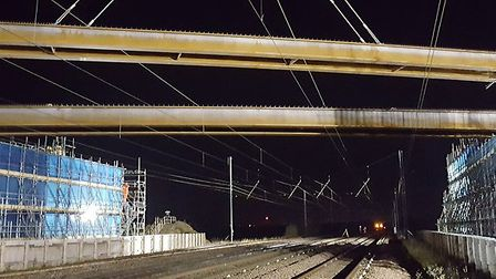 A14 C2H ECML bridge beam installation - Dec 2018