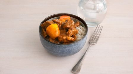 In this episode of Rationing Recipes, Dan Lepard looks at the long history of British curry and show