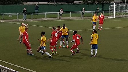 London Colney travelled to Harlow to take on Woodford Town in the extra-preliminary round of the FA