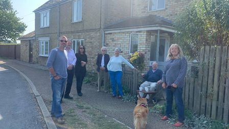 Hemingford Abbots Villager finds bomb in back garden PICTURE: Archant