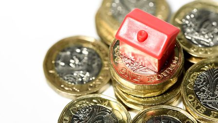 The average combined home insurance cost in the AL postcode between April and June this year was £19
