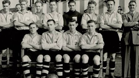 Ray Kitchener with his Hitchin team mates. Ray is pictured sat first from the right