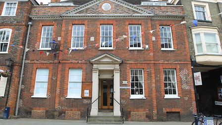 Hitchin Conservative Club's building is up for sale