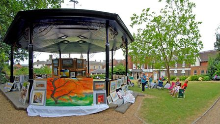 Saffron Walden Arts Society's Art on Bandstand event in Jubilee Gardens. Picture: Megan Ridgewell.