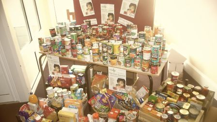 Students from The Priory School collect food for the Hitchin and Letchworth GC foodbank