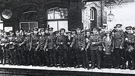 Soldiers leaving Letchworth Garden City Railway Station during World War I. Credit: www.ourletchwort