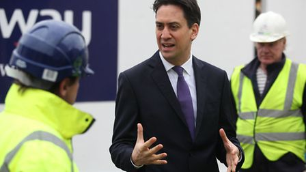 Ed Miliband speaks to construction workers