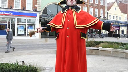 Alan Myatt, Letchworth town crier tells people about the Dickensian market