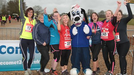 Sniffer the Comet newshound with competitors in the Knebworth Park Run