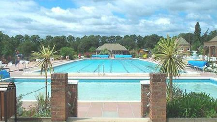 The outdoor pool in Hitchin