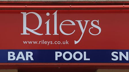 Councillors have approved plans to demolish Rileys in Stevenage