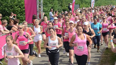 Runners at the start of last year's Stevenage Race for Life. Pic: Alan Millard
