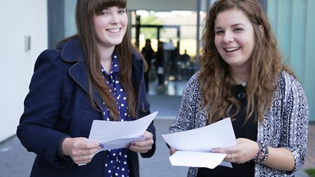 Da Vinci students Elyssia Dale and Beth Kendle were among the top performers