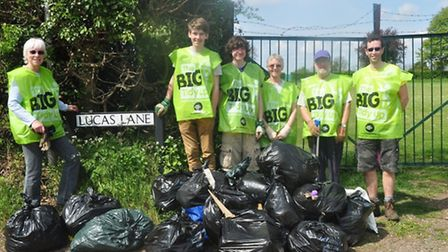 Volunteers who took part in a previous event of the Hitchin Big Tidy Up