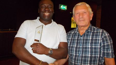 Winner Des Smith pictured with Colin Gray