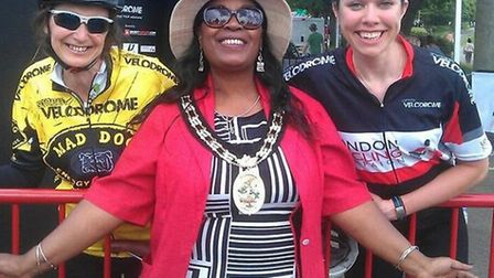 Stevenage mayor Sherma Batson with two of the cycling athletes