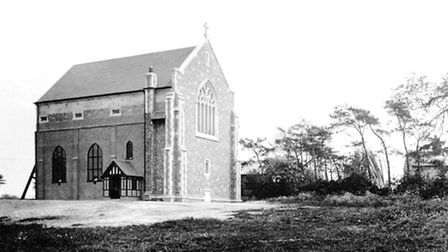The first permanent section of the church is finished in 1924.