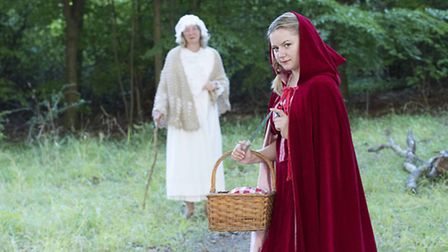Into The Woods at the Queen Mother Theatre: Valmais Guess and Rhiannon Gibbs