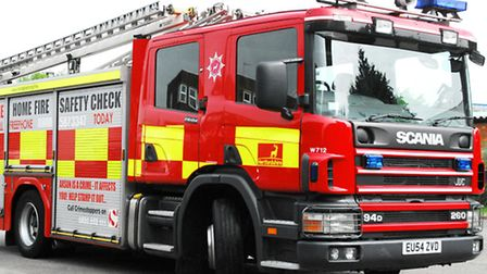 Fire crews from Hitchin annd Stevenage put out a fire on Caxton Way in the early hours of this morni