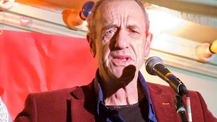Arthur Smith in action. Picture by Simon Maddison