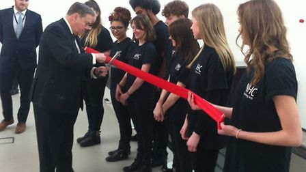 Marquess of Salisbury cuts the ribbon to officially open North Herts College's new-look Hitchin camp